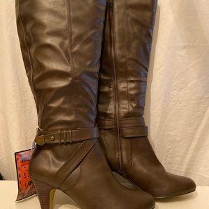 BellaVita brown knee high wide calf boots 10